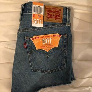 501 Levi high-rise jean shorts NWT